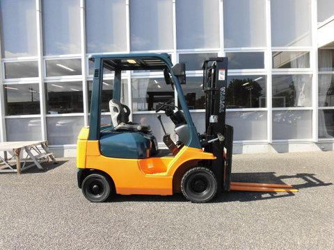 トヨタL&F栃木 中古車フォークリフト販売:トヨタ 7FG10